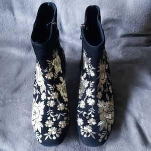 Johnny Was Shoes - Johnny Was gold brocade and black suede boots